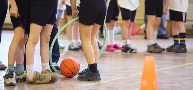 Uma questão de tempoTenho a certeza de que quem governa e decide está mais esclarecido da importância da disciplina de Educação Física e do papel do Desporto Escolar.